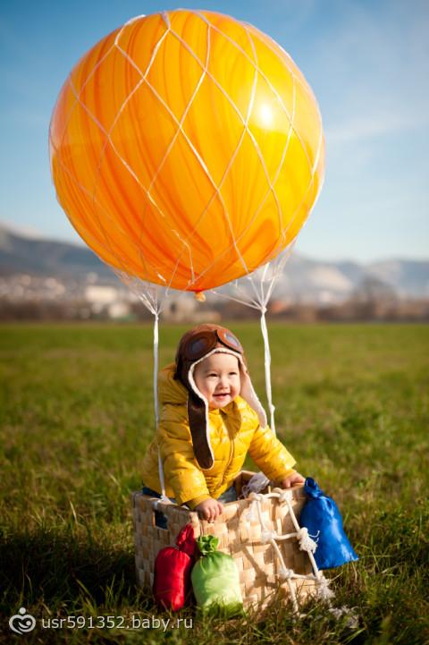 Воздушный шар и ребенок 2