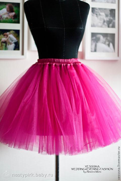 8 июн 2015 Подробный мастер-класс о том, как сшить юбку из фатина, а также идея Советы по технике шитья