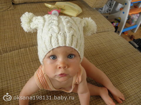 шапочки на осень связали)))