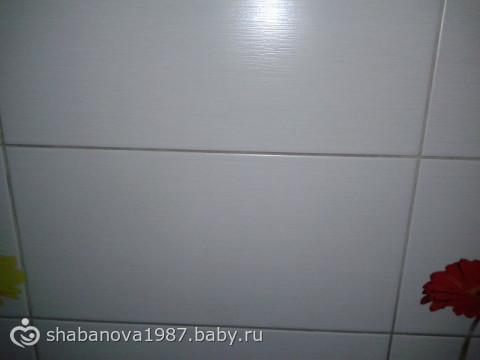 Рабочая стена на кухне