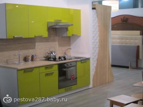 Сама кухня цвет олива глянец вот