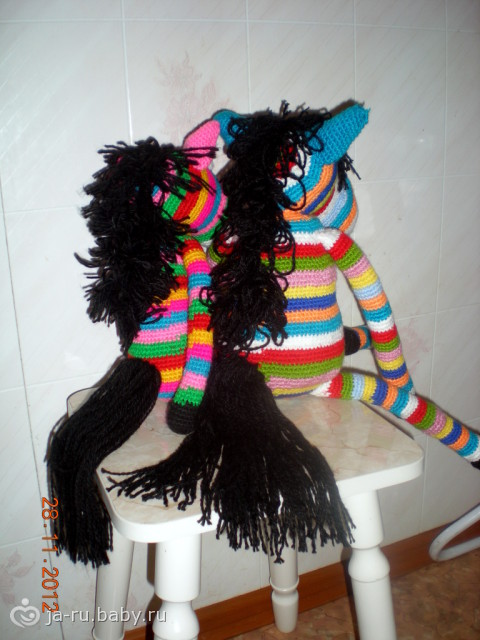 Вязаные зебры)))