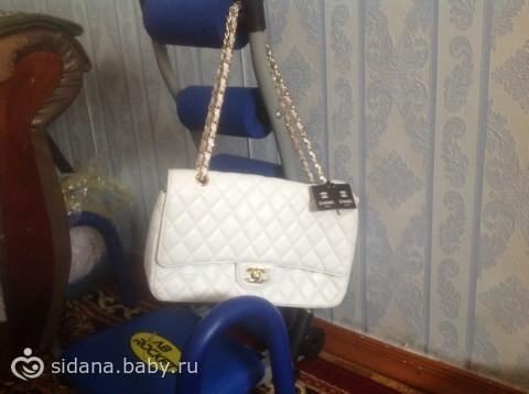 Вот такую сумочку мне подарил муж, только вот как узнать оригинал ли это  e66c8b6db42