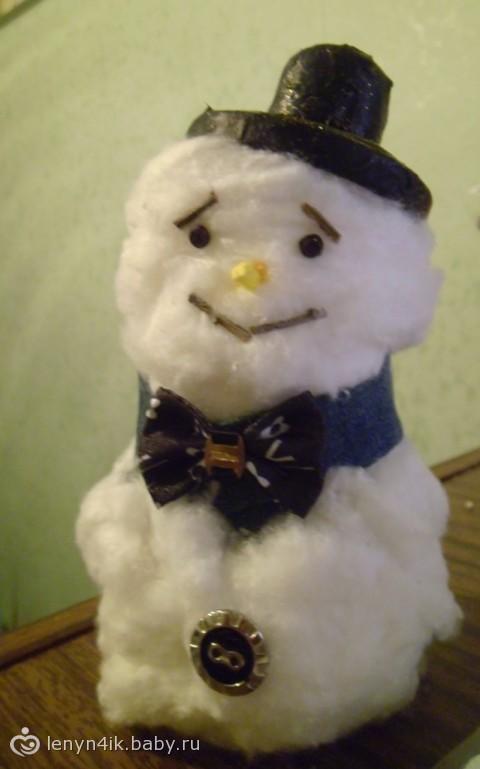 наш снеговик)))