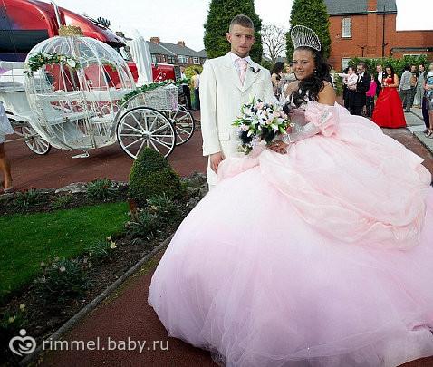 Стремное свадебное платье