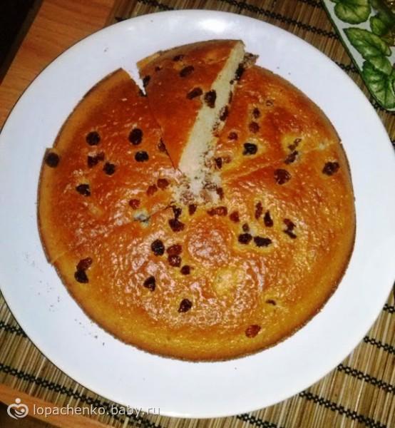 Быстрый пирог с изюмом